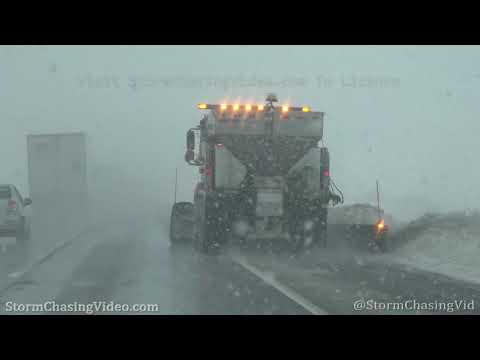 Heavy Snow and Accidents on I35 in McPherson County, KS – 2/25/2020