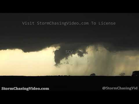 Tornado forming over Miller, SD – 8/30/2020
