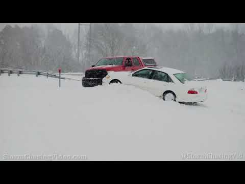 Lots Of Accidents In The Winter Storm Travel Nightmare On I-40, Hazen, AR – 2/17/2021