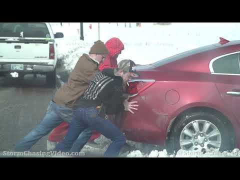 Deep Snow Causing Travel Headaches In Oklahoma City, OK – 2/17/2021