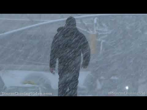 Heavy Snow Falling in Great Neck, NY Nassau County – 2/18/2021