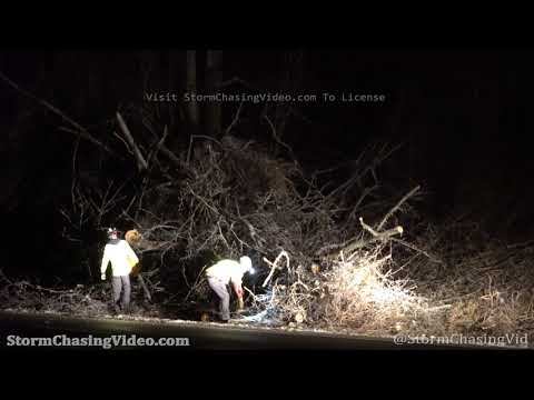 Utility Crews Work Into The Night To Repair Ice Storm Damage in Meherrin, VA – 2/18/2021