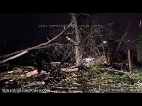 Pre Dawn Tornado Aftermath B-Roll from Newnan, GA – 3/26/2021