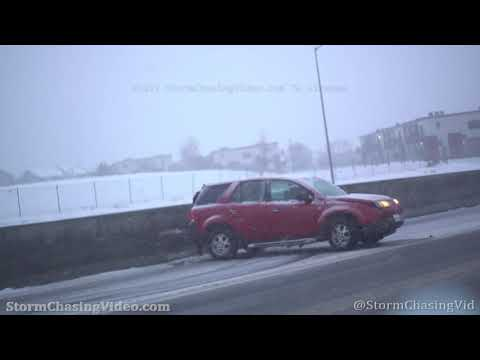 Heavy Snow In Denver, CO With Lots Of Wrecks On Interstate 25 – 4/19/2021