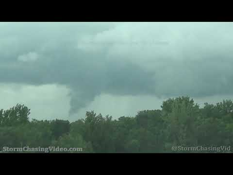 Tornado touching down near Crete, IL – 6/26/2021